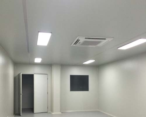 CEILING BY PU SANDWICH PANEL