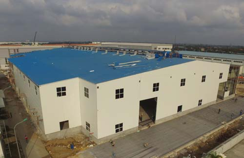 ROOF BY EPS SANDWICH PANEL